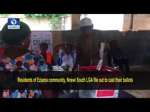 #AnambraDecides: Residents Of Eziama Community Storm Polling Units