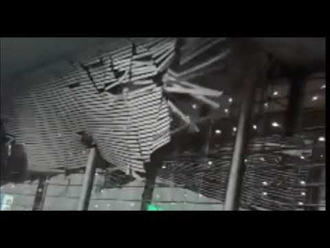 roof Chinese airport collapsed in storm ,Nanchang International Airport roof collapse, Jiangxi,