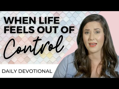 DAILY DEVOTIONAL FOR WOMEN - TAKE BACK YOUR LIFE & STOP FEELING OUT OF CONTROL | WHITNEY MEADE