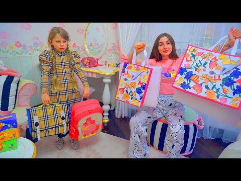 ВЛОГ ! BACK TO SCHOOL ! Что купили Дана и Диана в школу?