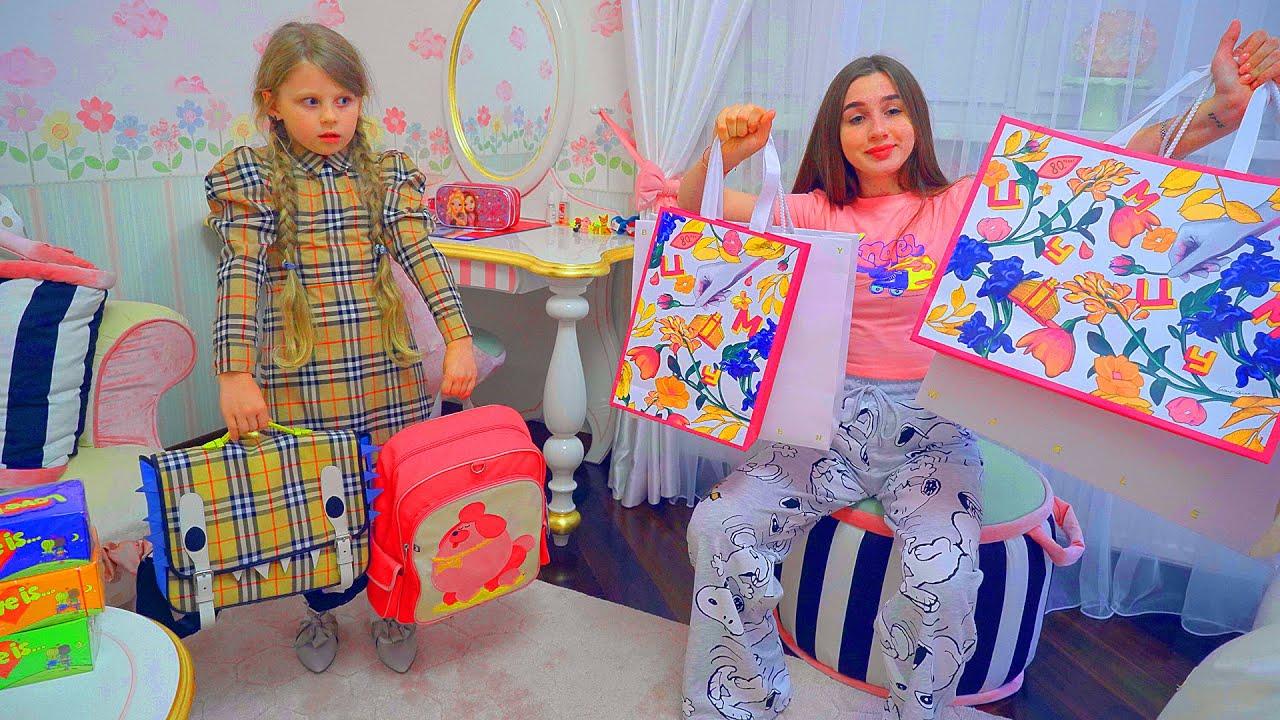 ВЛОГ  BACK TO SCHOOL  Что купили Дана и Диана в школу