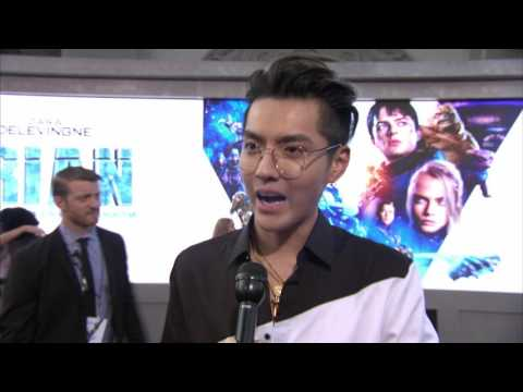 Valerian World Premiere Grauman's Chinese Theatre Kris Wu interview (official video)