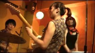 2012年4月4日「トーキョーキラー」の1stシングルが7インチ・アナ...