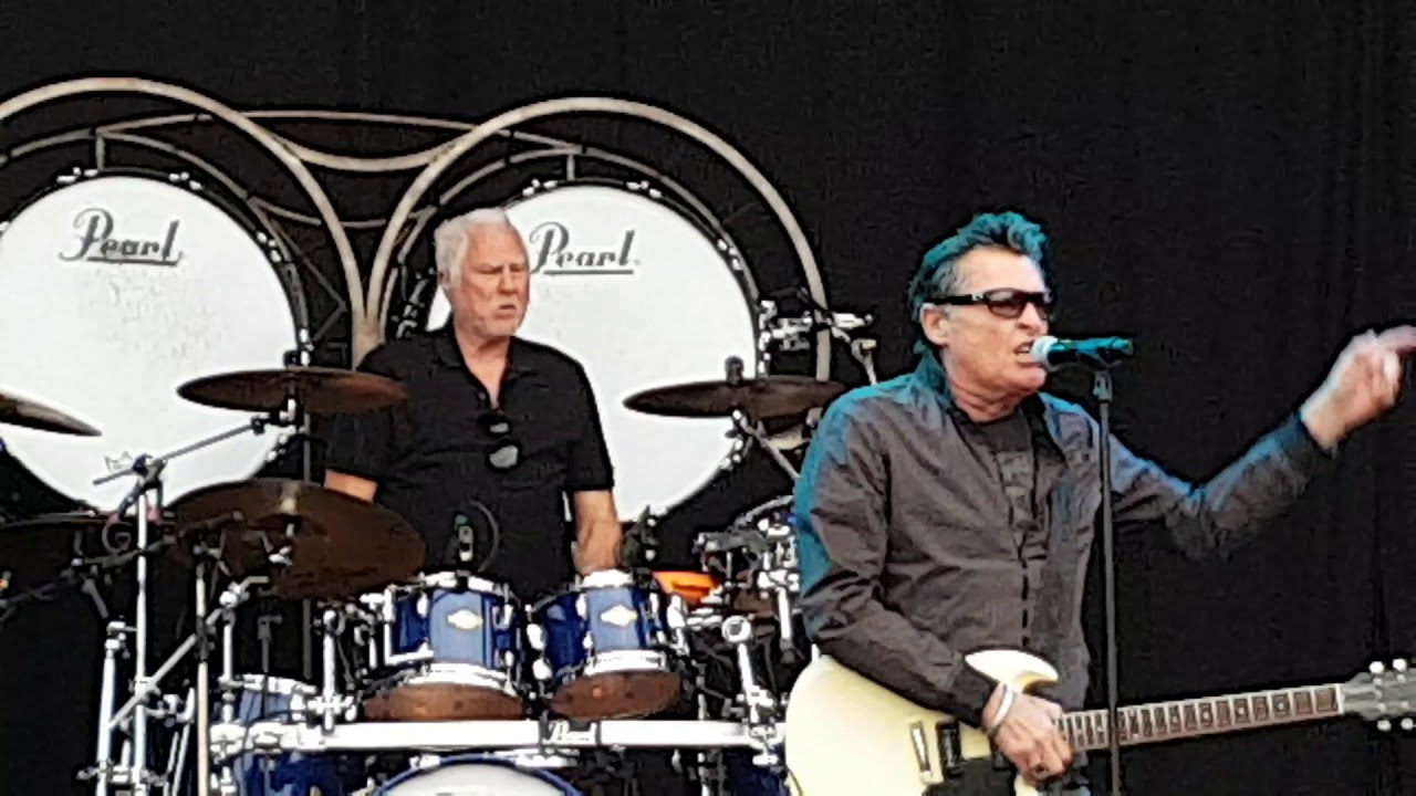 Golden Earring  Hello Festival Emmen 2019, drumtricks