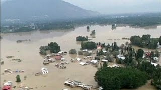 Число жертв наводнения в Индии и Пакистане превысило 440 человек