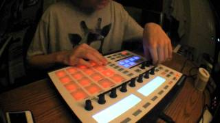 """Felly on Grizzly Bear's """"Two Weeks"""" sample on the Maschine (Hip Hop Beat)"""