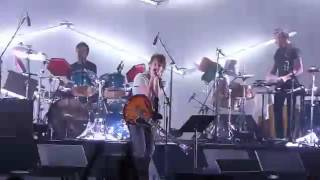 Atoms For Peace - Love Will Tear Us Apart - Live