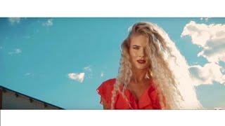 Смотреть клип Mario Bischin - Niebiańskie Oczy
