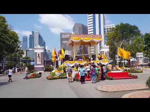 Songkran in Lumpini Park