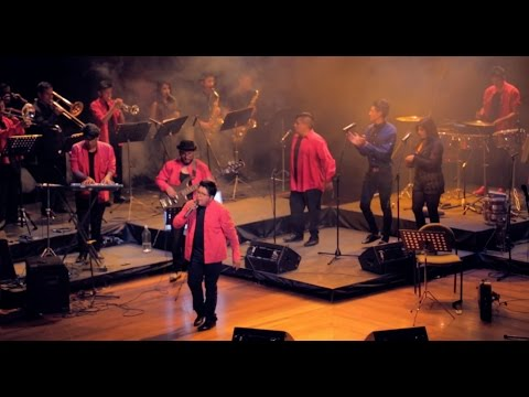 MOSAICO DE CUMBIAS (Coros Antiguos) - El Combo del Rey en VIVO (7 de 7) - En el altar...
