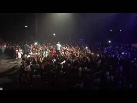 Showkali Fans Enjoying