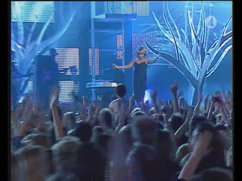 Tina Turner - Open Arms - Live On Nordic Music Awards 2004