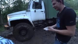 Эвакуация УАЗика с помощью ГАЗОНА 4Х4.
