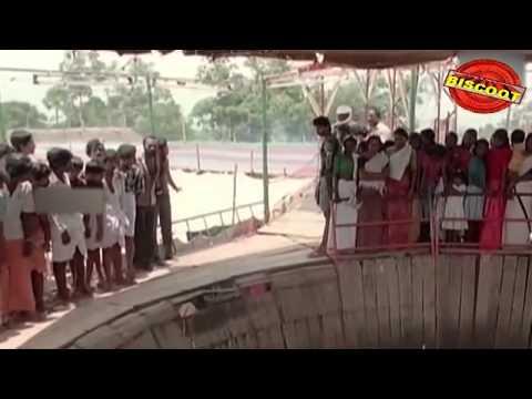 Carnivel Malayalam Movie Scene Sukumaran