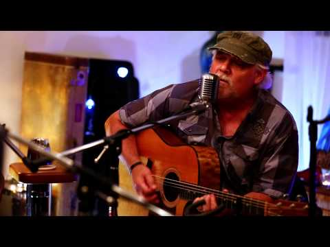 "Nashville Unleashed TV Clip: Eric Haines ""Just One"""