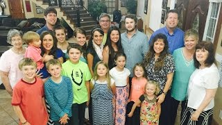 Josh Duggar Goes Noticeable Missing From Family Photo
