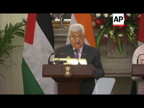 Palestinian president signs deals with India