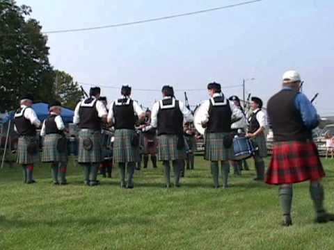 Ceol Neamh Pipe Band @ Capitol district Games 2011