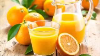 видео Можно ли пить свежевыжатый апельсиновый сок натощак