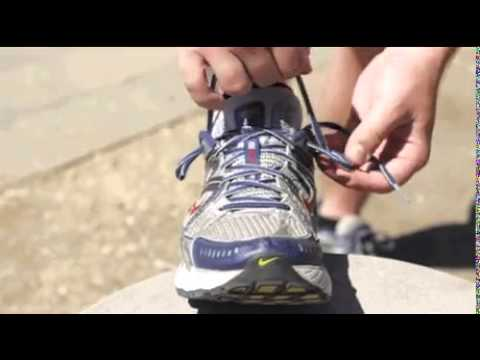 68308f349aa4 How to do a runners knot - YouTube