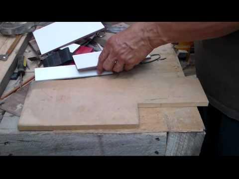Como cortar azulejos r pido y sin herramientas especiales - Herramientas para cortar madera ...