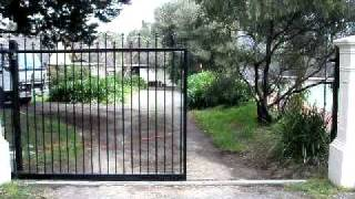 Lee Benson Fencing Tubluar Automatic Sliding Gate