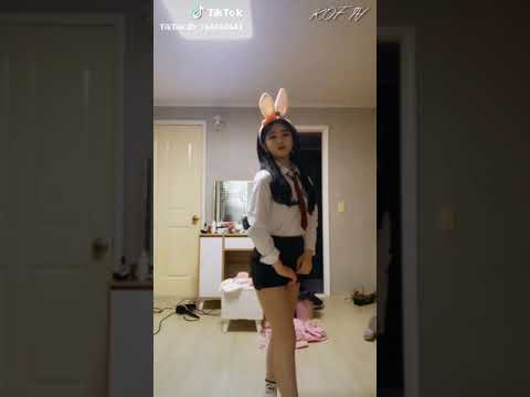 TikTok 틱톡 ❣️레전드 엄선작❣️ 여고생 교복 여중생 교복댄스 고딩 댄스 Korean lovely girl school uniform dance