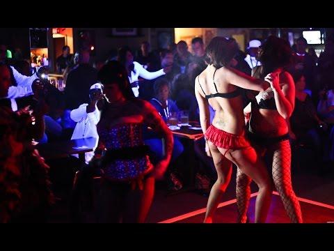 DJ LIVE SHOW IN KOLKATA - SALT LAKE - DJ LIVE SHOW WITH DJ RIX IN SALT LAKE