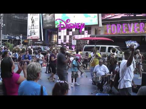 New Orleans Jazz Band in Times Square, New York; 6-29-13 (HIGH DEFINITION)