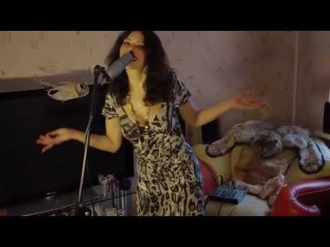 порно видео певица роя