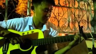 [Mitxi Tòng] Cơn mưa ngang qua guitar solo