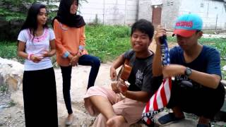 Letto Ruang Rindu cover by Nining and friends