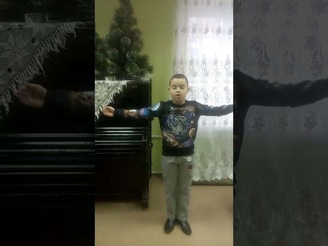 Изображение предпросмотра прочтения – ВладиславВдовин читает произведение «Умом Россию не понять...» Ф.И.Тютчева