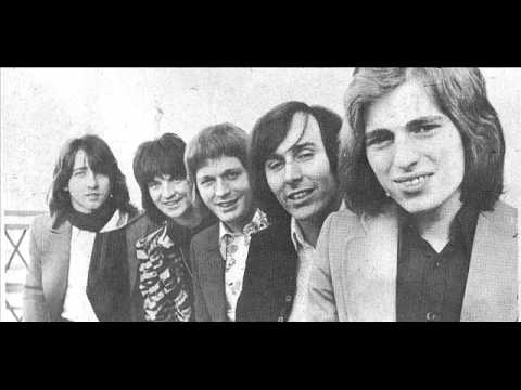 The Hollies - Witchy Woman