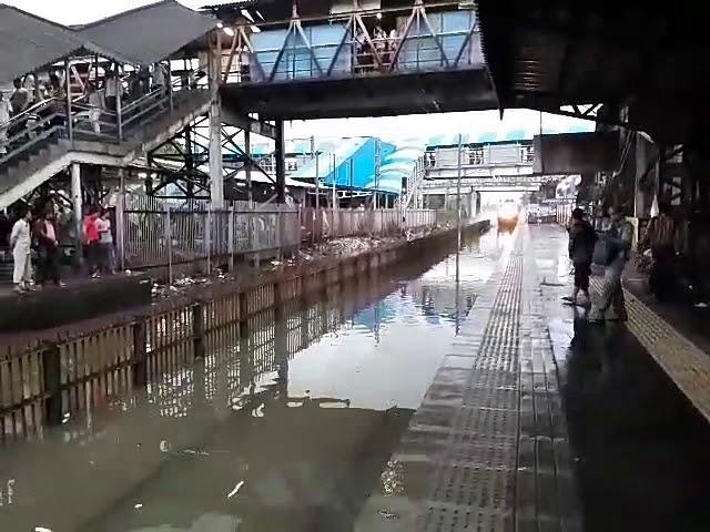 Mumbai Rains special Water Ride 2017 | Mumbai