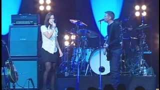 Bryan Adams and Niki Tapscott: One Night Live