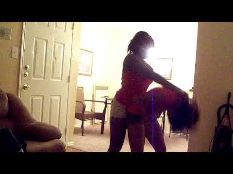 GIRL RUBBING HER PUSSYиз YouTube · Длительность: 8 с