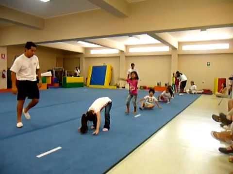 P1040108.MOV Gimnasia para niños / Koala Kids Club / gimnasio - YouTube