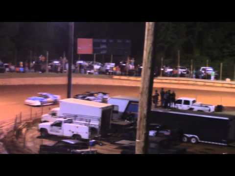 Winder Barrow Speedway Advanced Four Cylinder Feature Race 5/16/15