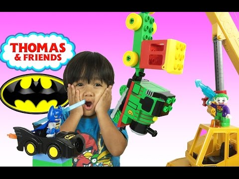 Ryan plays with Thomas & Friends and Lego Duplo Toy Trains