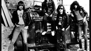 Ramones - I Wanna Be Your Boyfriend (demo)