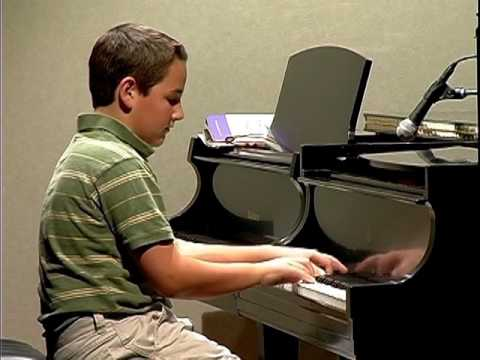 Nathan Lynn, piano. 11  years old.  Martha Mier - Slippin´ Around