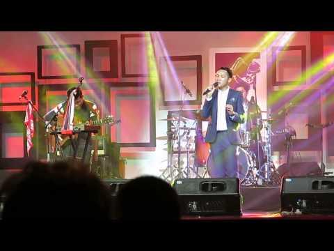 Renungan Sayap - Abenk Alter at Java Jazz Festival 2015