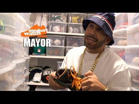Mayor Abuses His $25,000 Air Jordan Undftd 4's