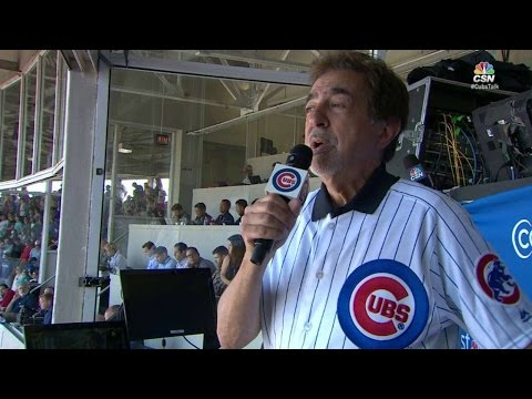 LAD@CHC: Mantegna sings during 7th-inning stretch