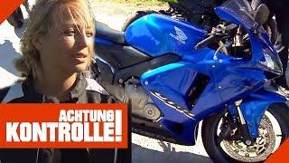 Gefährliche Bremsleitungen! Motorrad-Fahrerin muss nachbessern! | Achtung Kontrolle | Kabel Eins
