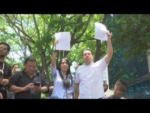 Oposici�n venezolana marcha hasta sede OEA y pide no reconocer comicios del domingo