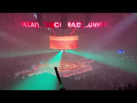 """Bad Bunny """"Callaita"""" En Vivo Chicago 11/29/19"""