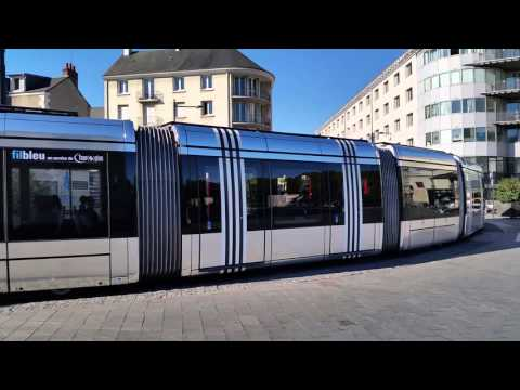 French trams in Tours by Alstom using overhead and 3rd rail