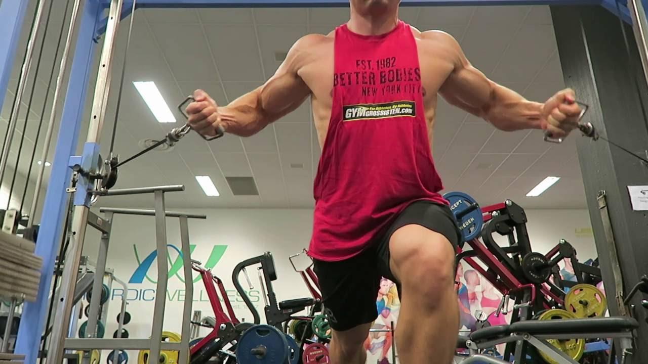bygga bröstmuskler snabbt